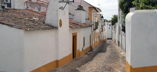 Evora streets